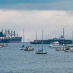 Яхты и балкеры на горизонте Инглиш Бэй