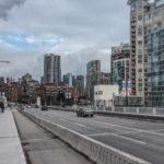 Вид на въезд на мост Буррард Стрит